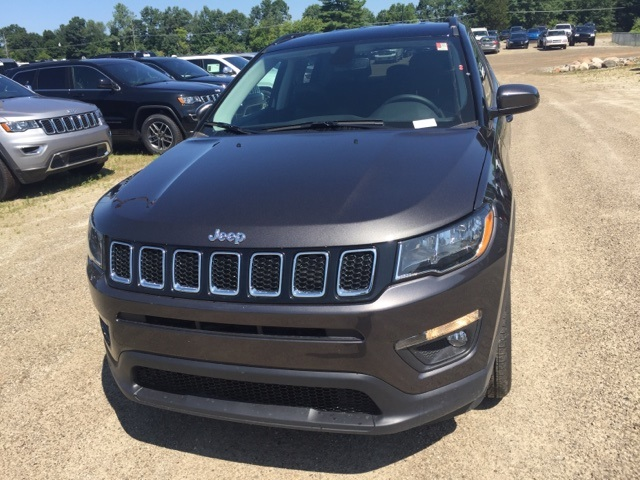 New 2019 JEEP Compass Latitude