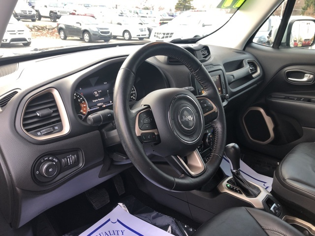 Certified Pre-Owned 2017 Jeep Renegade Limited